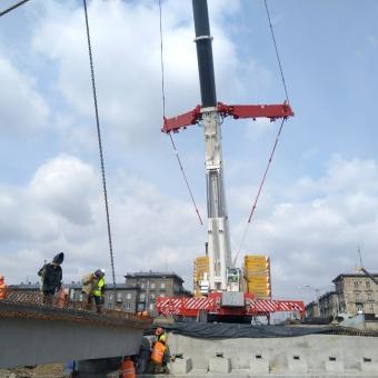 Автокран 400 тонн на реконструкция моста через реку Аба