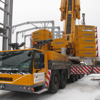 Liebherr 1400 - 7.1 грузоподъемностью 400 тонн