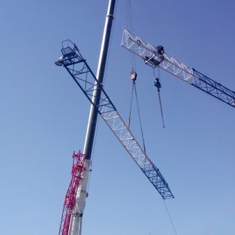 Демонтаж башенного крана QTZ