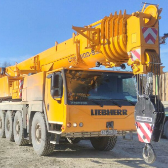Liebherr LTM 1100-5.2 грузоподъемность 100 тонн